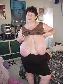 BBW Undressing Pics
